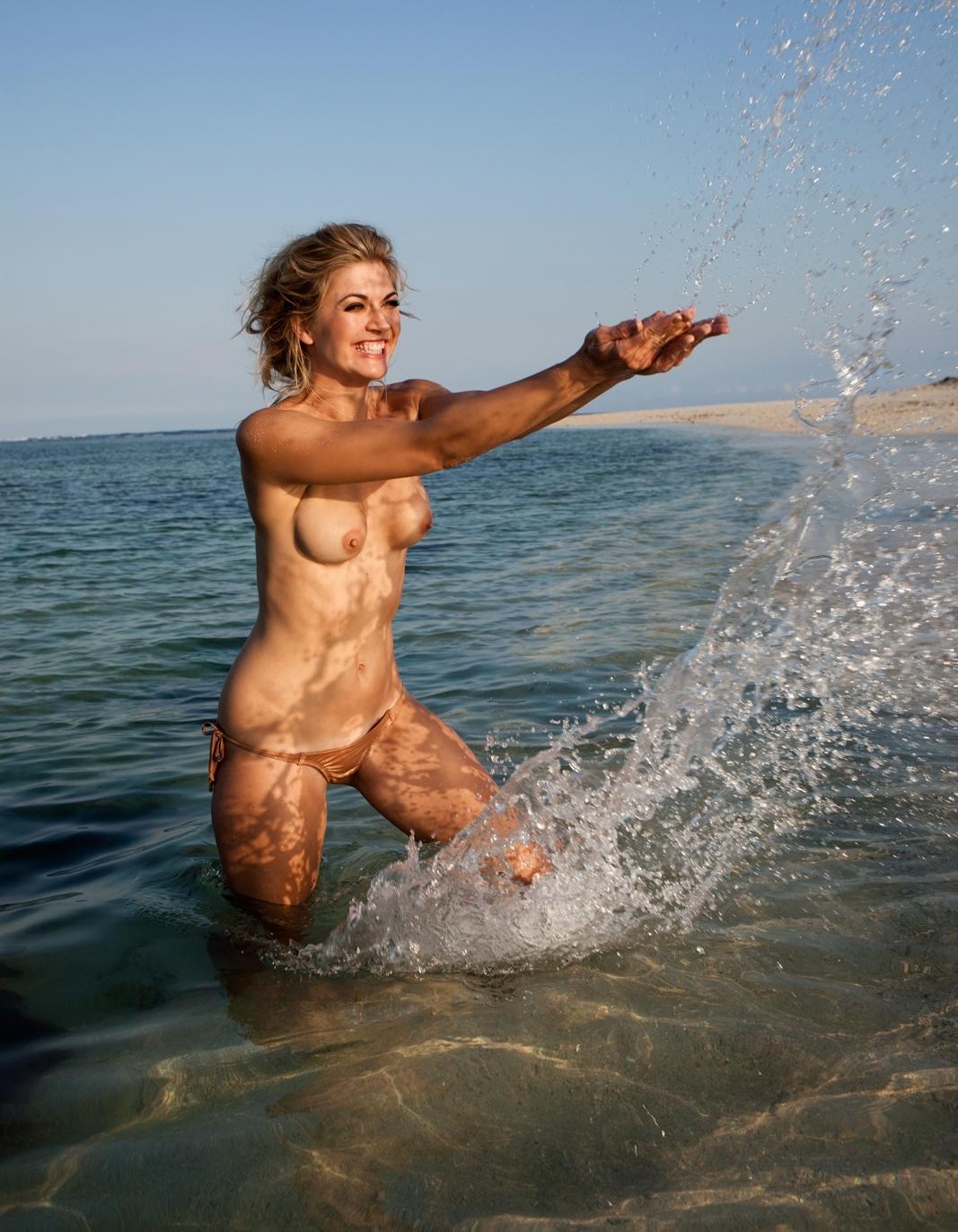 Нина Ботт голая. Фото - 40
