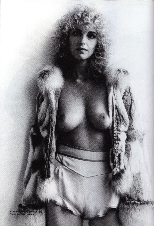 Нина Хосс голая. Фото - 19