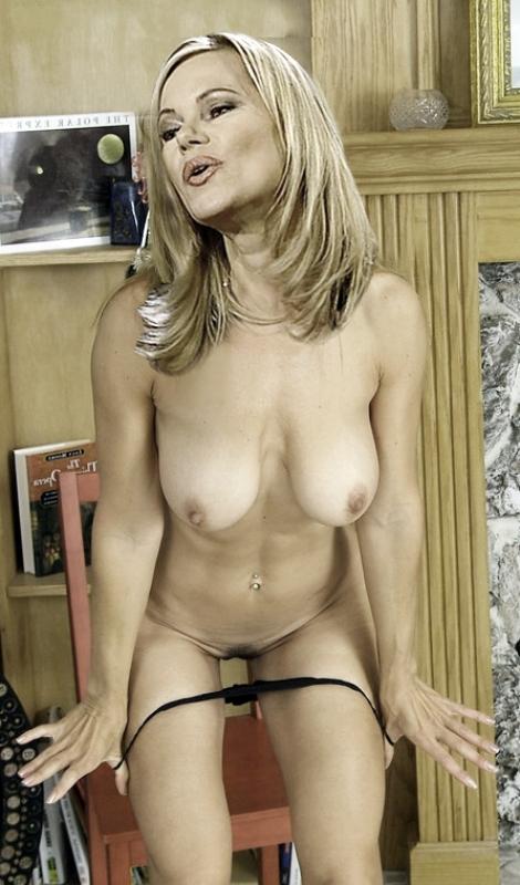 Нина Руге голая. Фото - 6