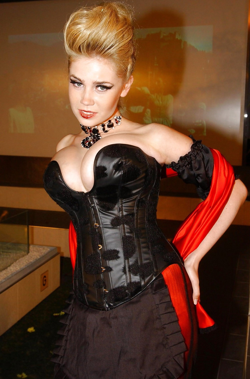 Полина Рожински голая. Фото - 22