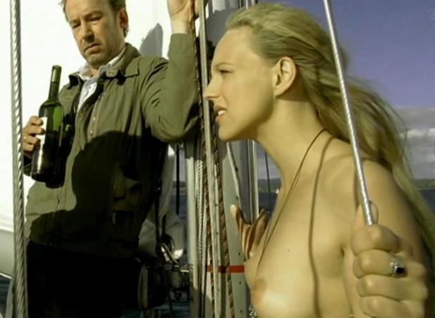 Петра Шмидт-Шаллер голая. Фото - 8