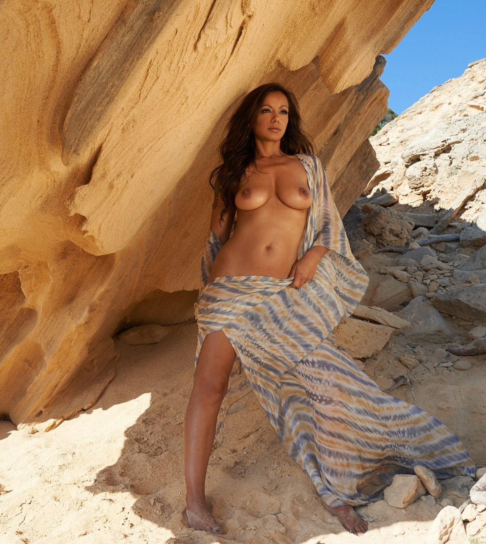 Радост Бокель голая. Фото - 10
