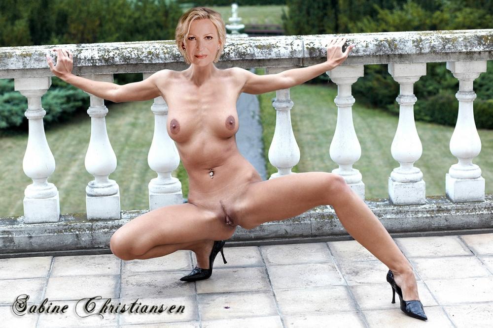 Сабина Кристиансен голая. Фото - 107