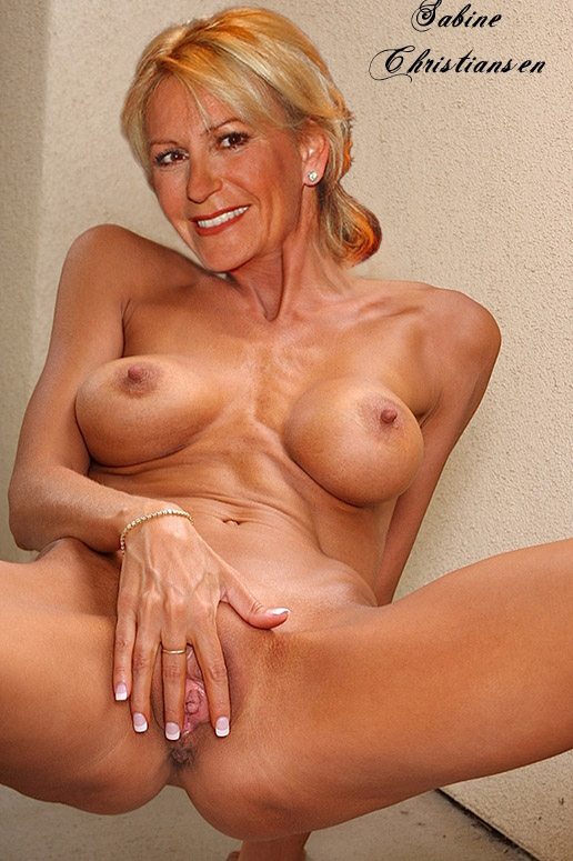 Сабина Кристиансен голая. Фото - 17