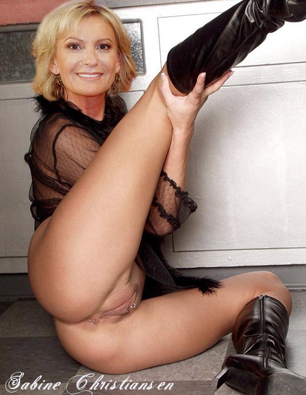 Сабина Кристиансен голая. Фото - 73