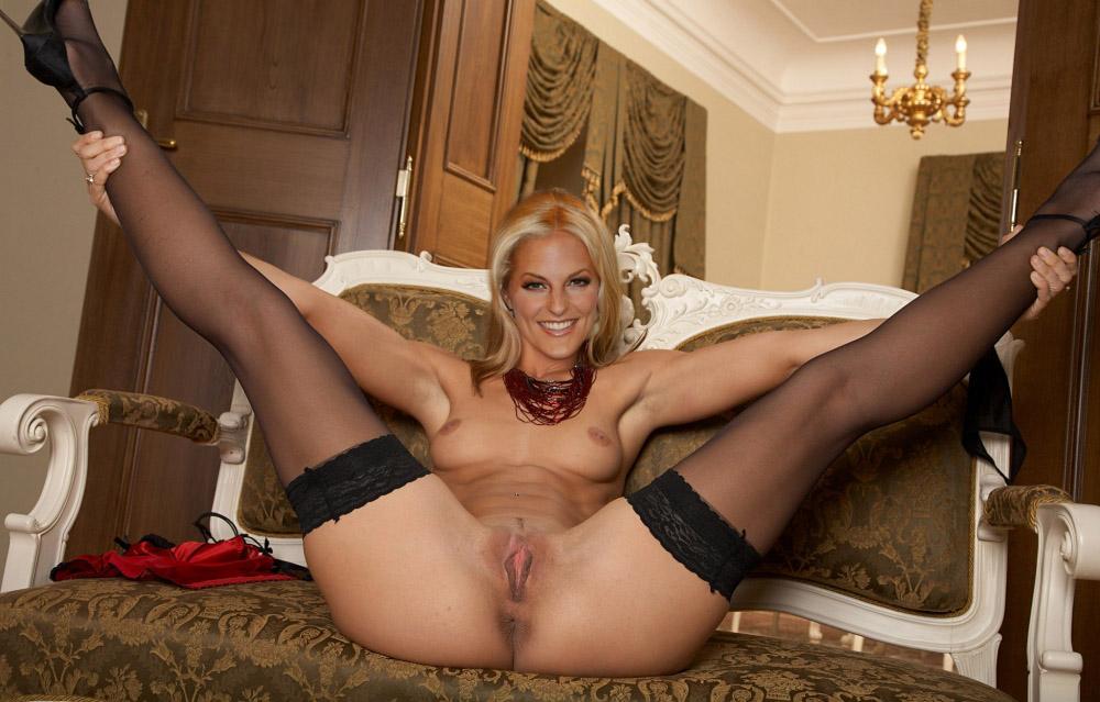 Сэнди Мёллинг голая. Фото - 61