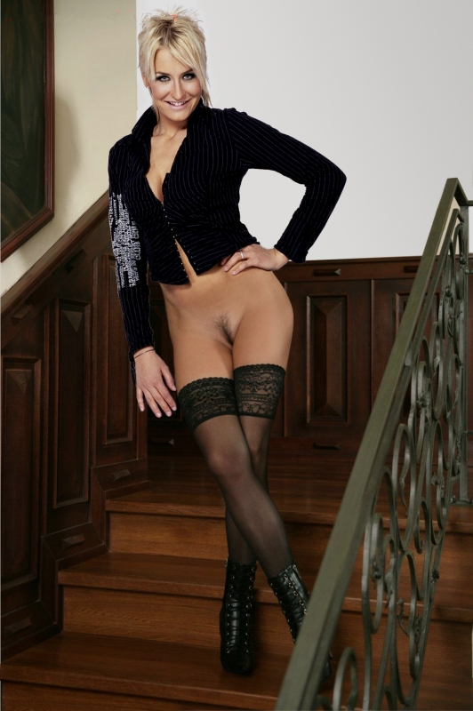 Sarah Connor Nackt. Fotografie - 15