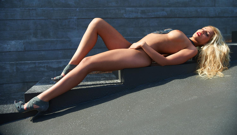 Сара Новак голая. Фото - 42
