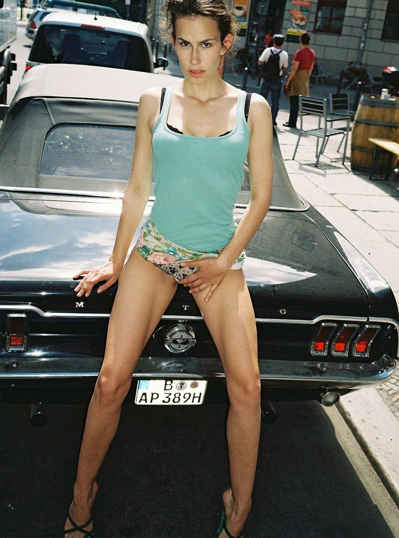 Сарализа Фольм голая. Фото - 2