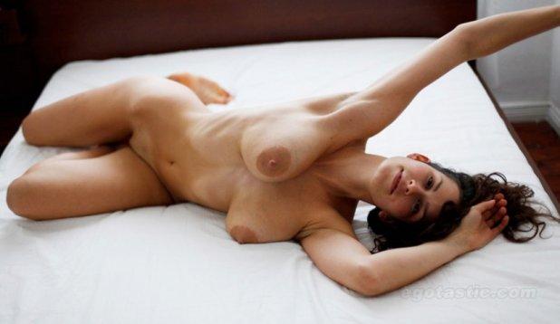 Сарализа Фольм голая. Фото - 3