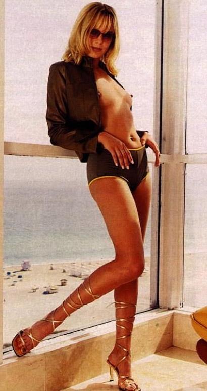 Саския Валенсиа голая. Фото - 1