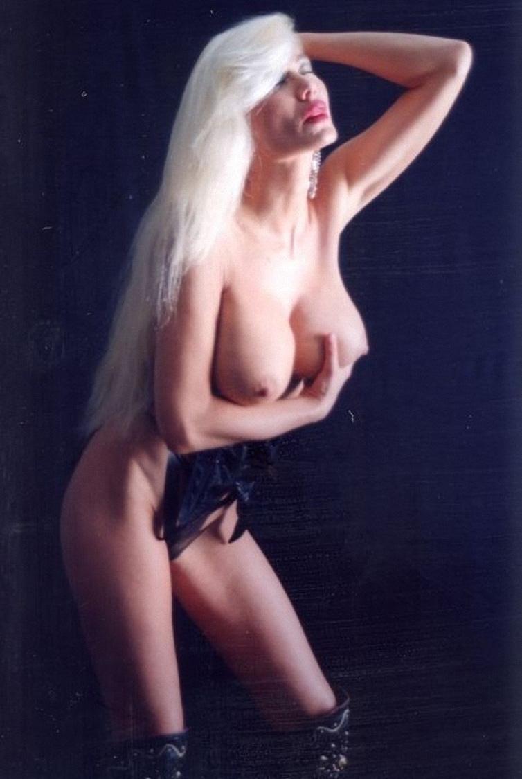 Зибилле Раух голая. Фото - 1