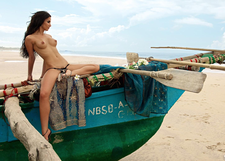 голые девушки турции фото - 11