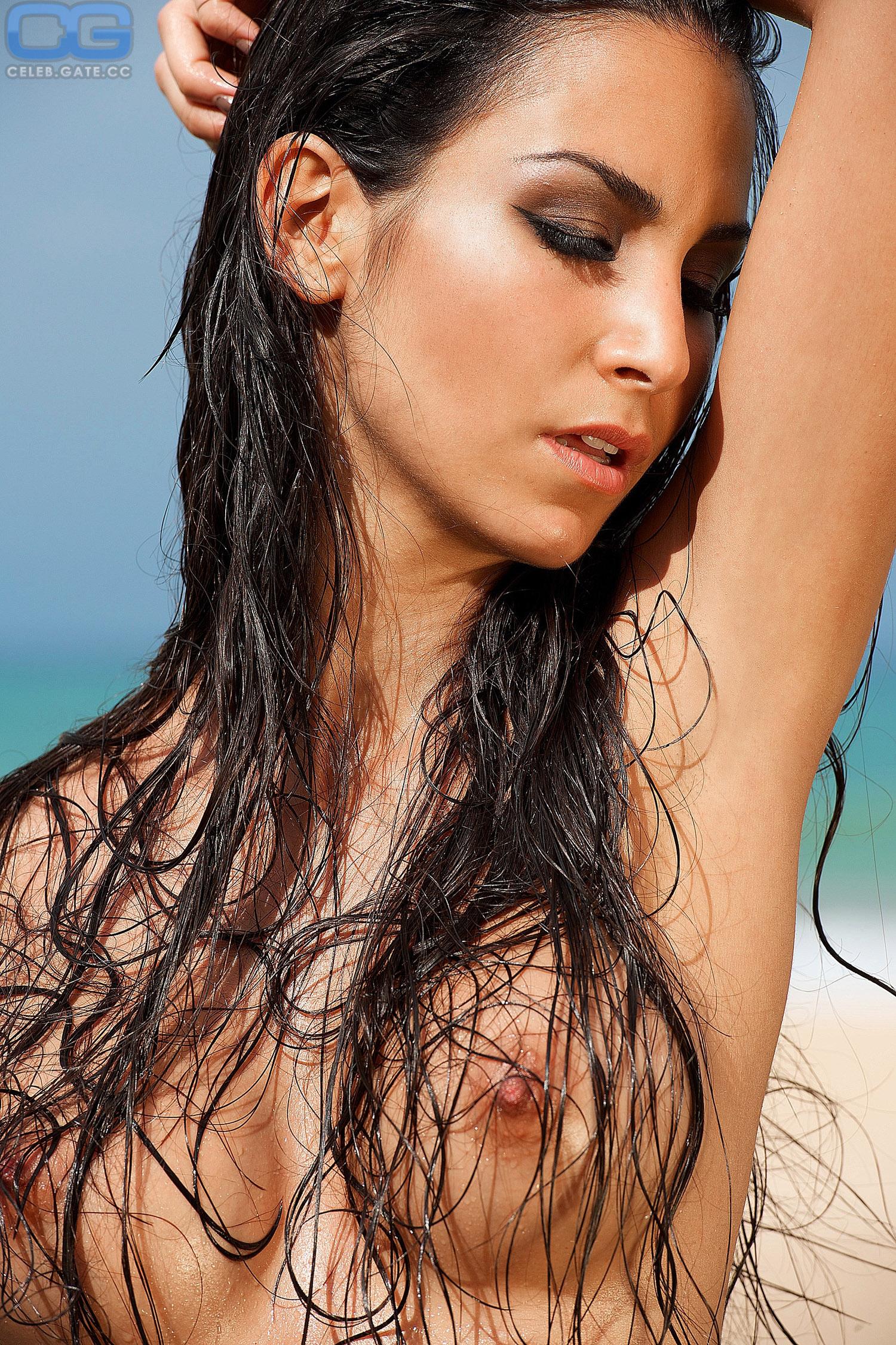 Sla Ahin Nude  Sexystarsonline - Hottest Celebrity -6073