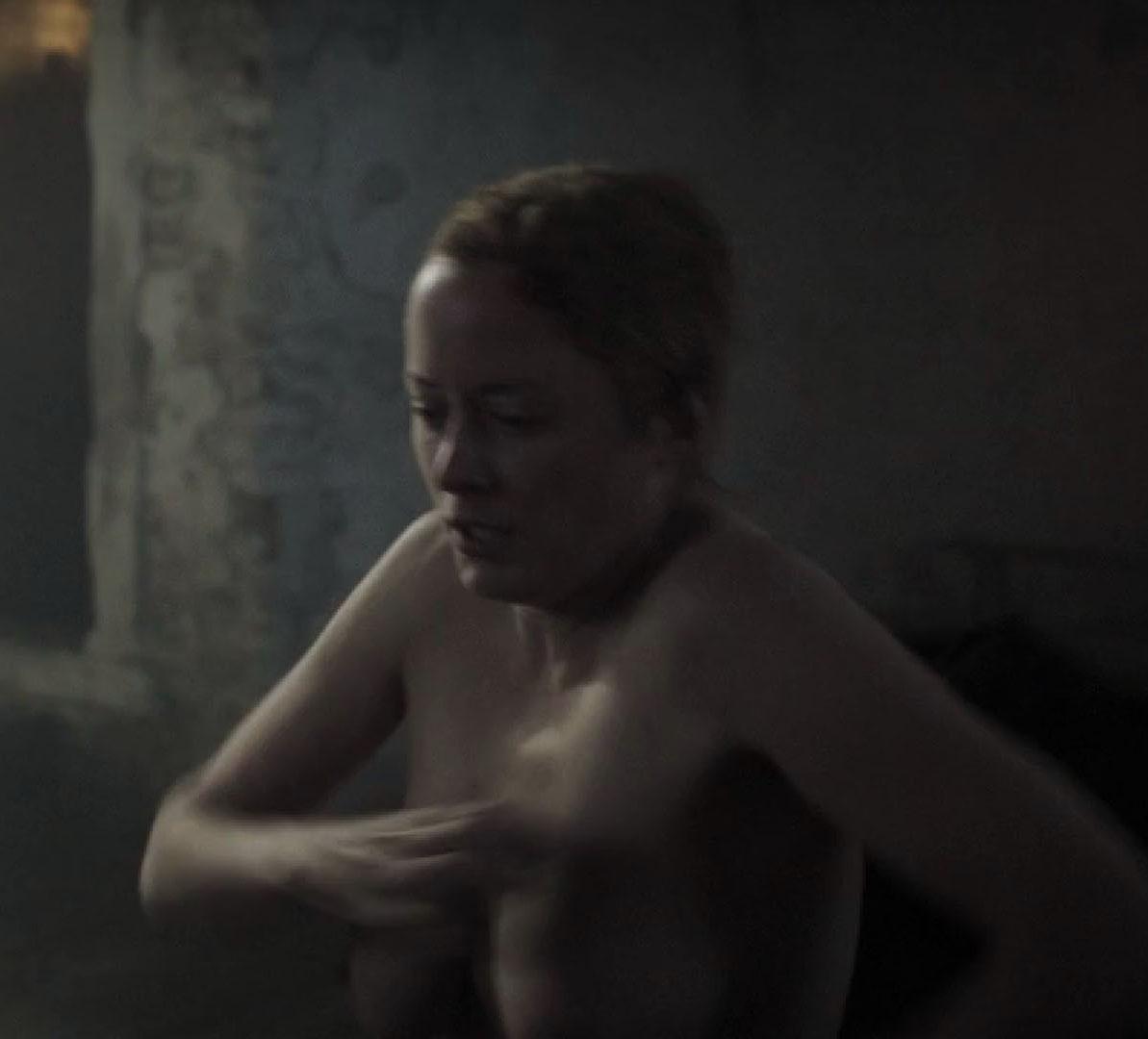 Зильке Боденбендер голая. Фото - 11