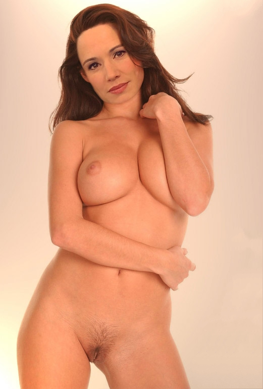 Симона Пантелейт голая. Фото - 4
