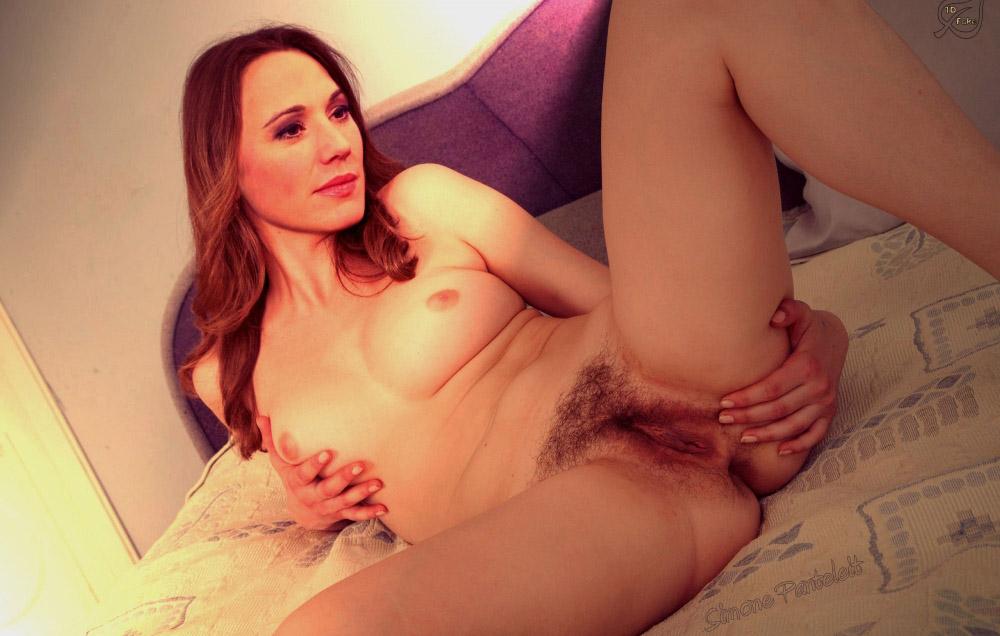 Симона Пантелейт голая. Фото - 9