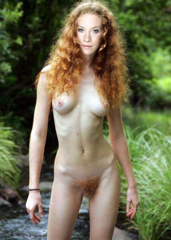 Сина-Валеска Юнг голая. Фото - 3