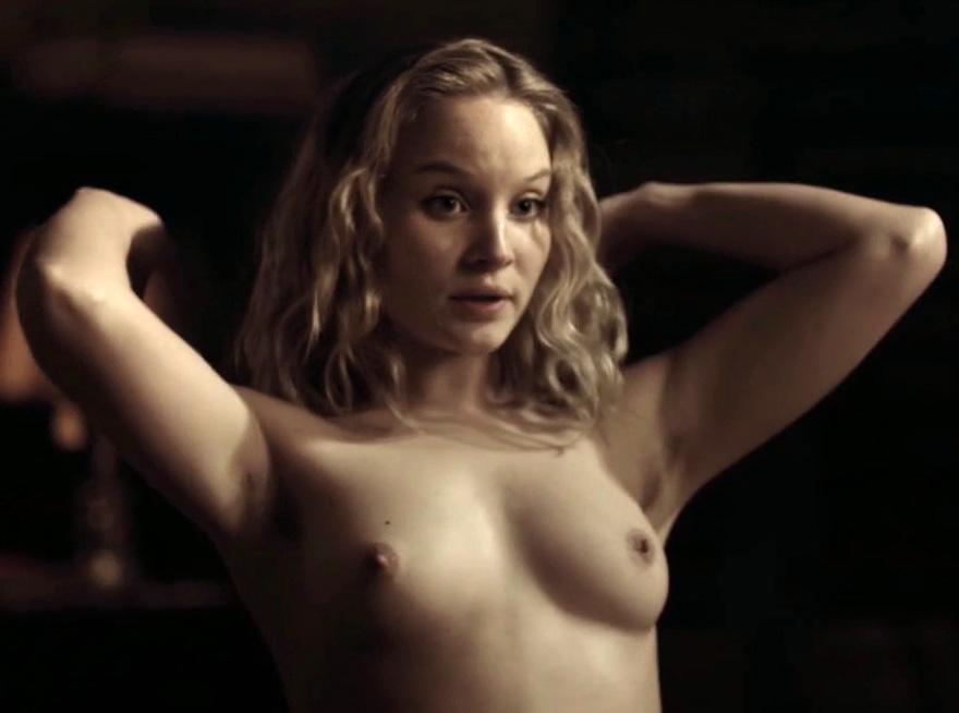 Соня Герхардт голая. Фото - 11