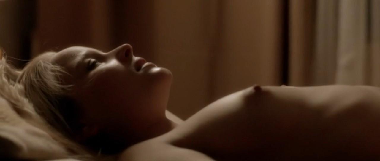 Соня Герхардт голая. Фото - 20