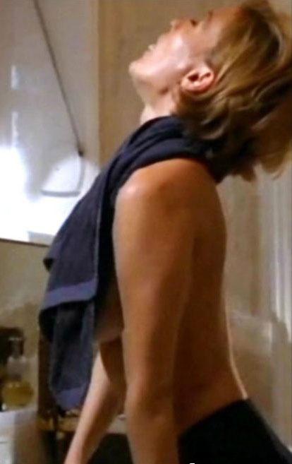 Сюзанна фон Борсоди голая. Фото - 17