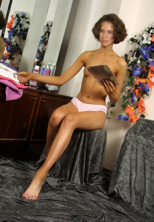 Сильвия Боммес голая. Фото - 4