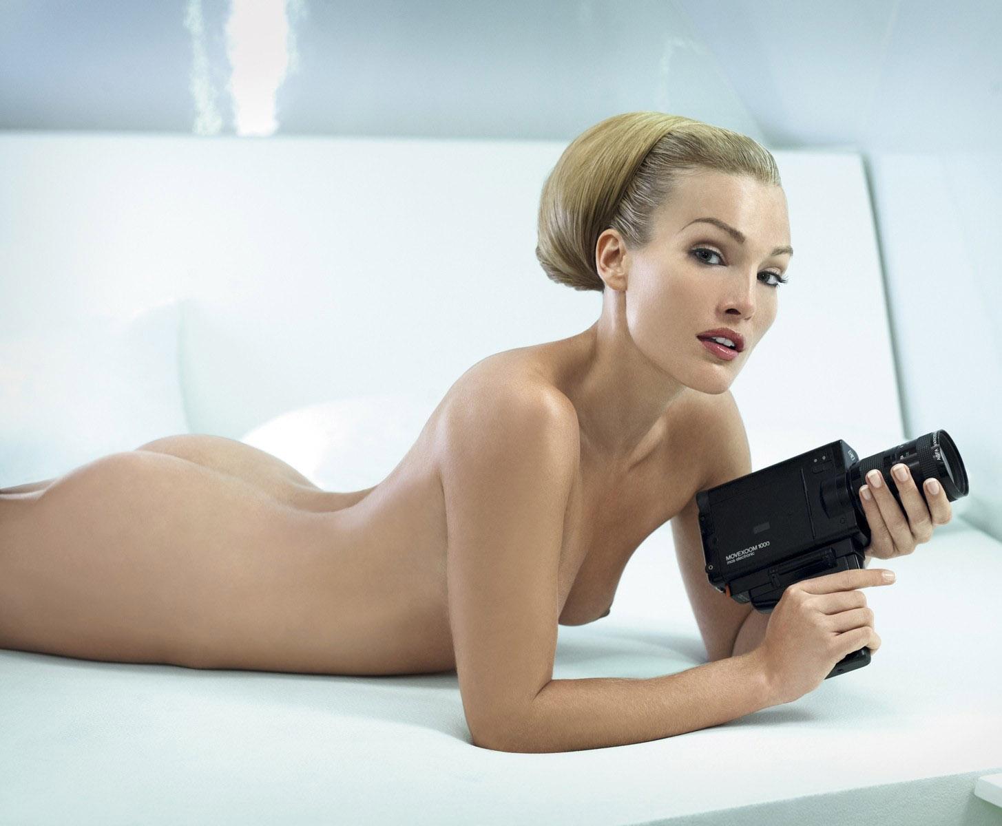 Roberta angelica nude topless