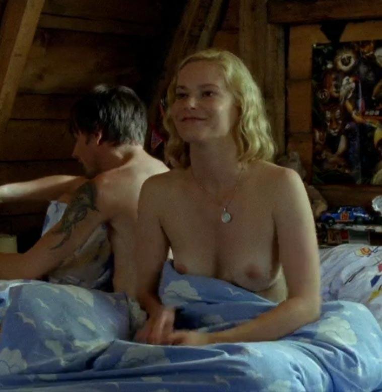 Тереза Вайсбах голая. Фото - 3
