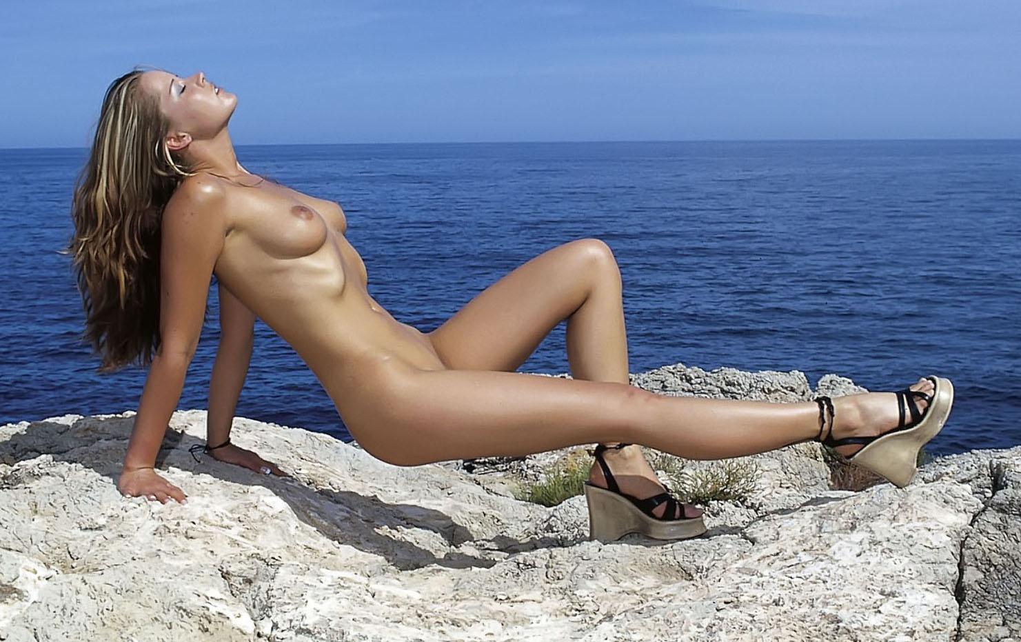 Тира Мису голая. Фото - 49