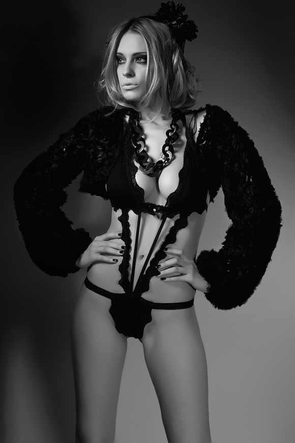 Ивонн Шрёдер голая. Фото - 33