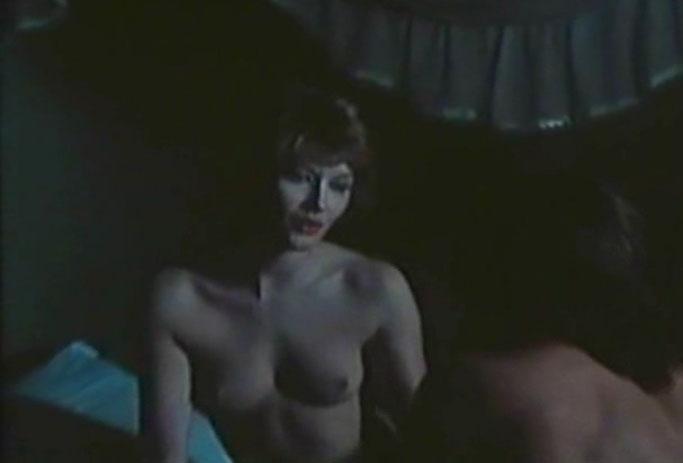 Зигги Цангер голая. Фото - 12