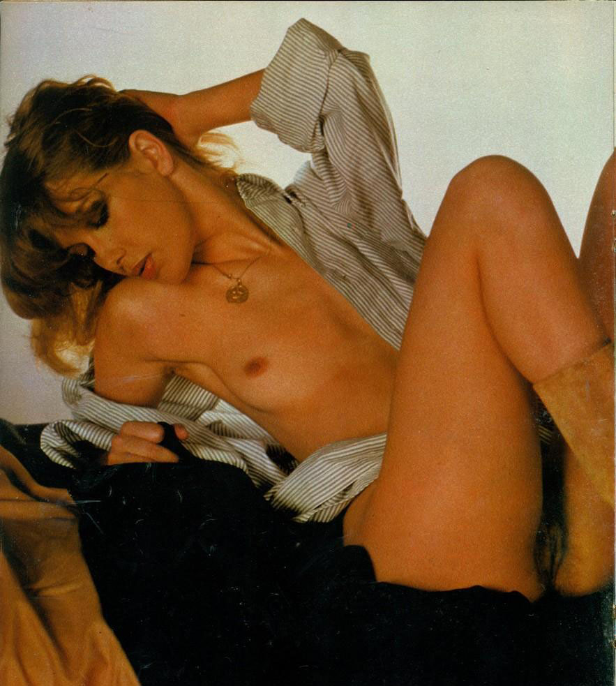 Зигги Цангер голая. Фото - 18