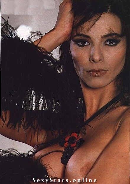 Natalia Estrada Nackt. Fotografie - 2