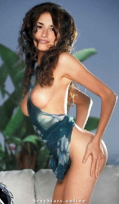 Penélope Cruz nude. Photo - 39