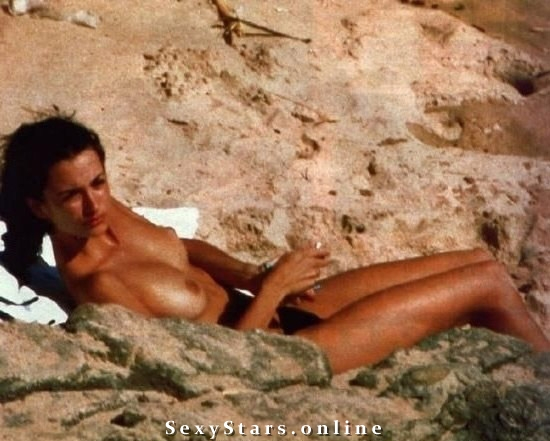 Penélope Cruz nude. Photo - 9