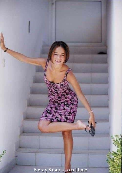 Ализе голая. Фото - 11