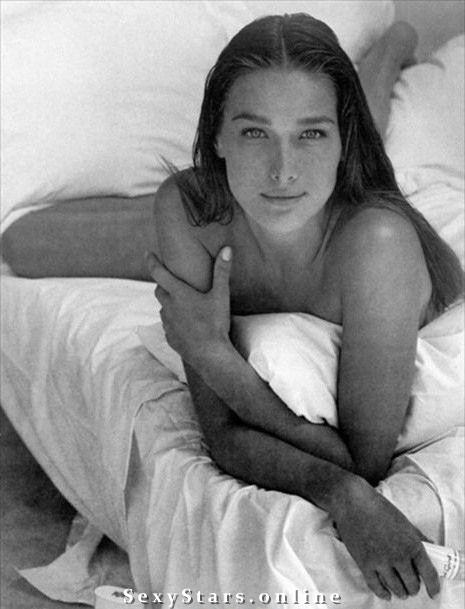 Карла Бруни голая. Фото - 26