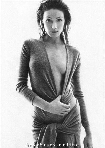 Карла Бруни голая. Фото - 27