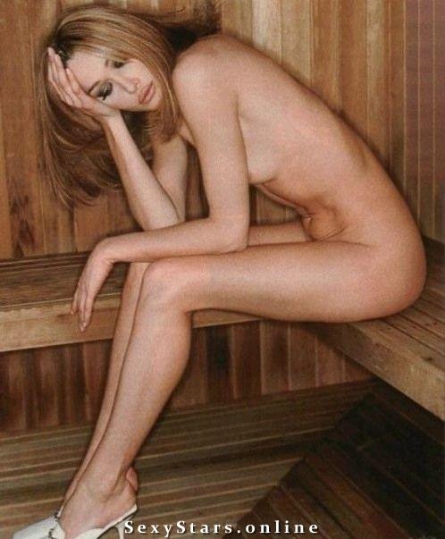 Карла Бруни голая. Фото - 31