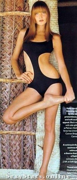 Карла Бруни голая. Фото - 43