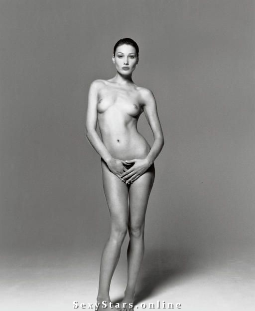 Карла Бруни голая. Фото - 51