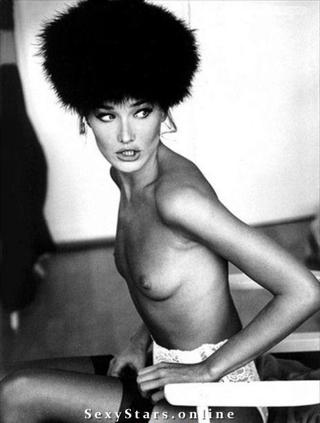 Карла Бруни голая. Фото - 54