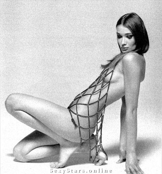 Карла Бруни голая. Фото - 55