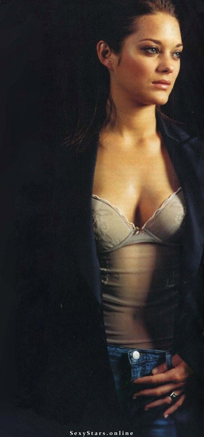 Марион Котийяр голая. Фото - 12