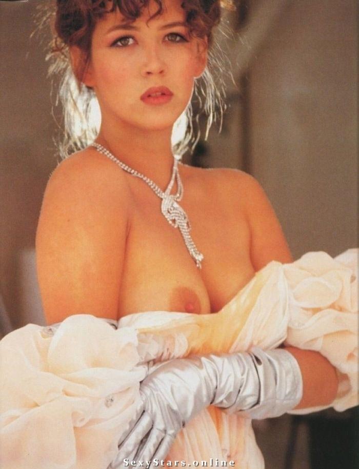 Софи Марсо голая. Фото - 8