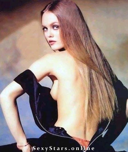 Vanessa Paradis Nackt. Fotografie - 10