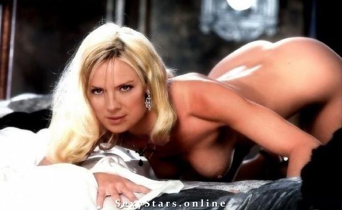 Ким Кэттролл голая. Фото - 7