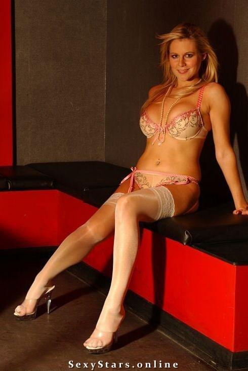 Эби Титмусс голая. Фото - 11