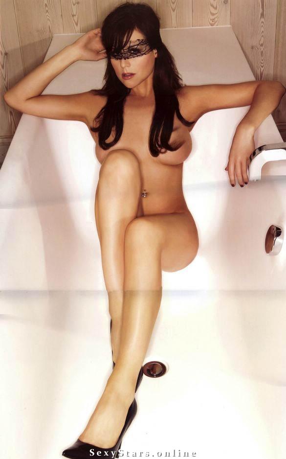 Эби Титмусс голая. Фото - 18