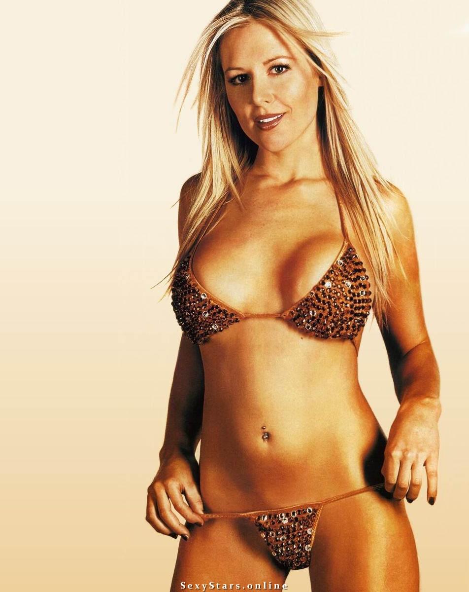 Эби Титмусс голая. Фото - 91